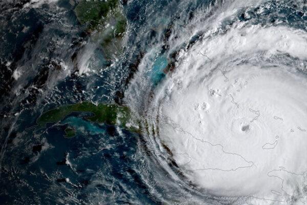 La trova, los ciclones y mi primer amor